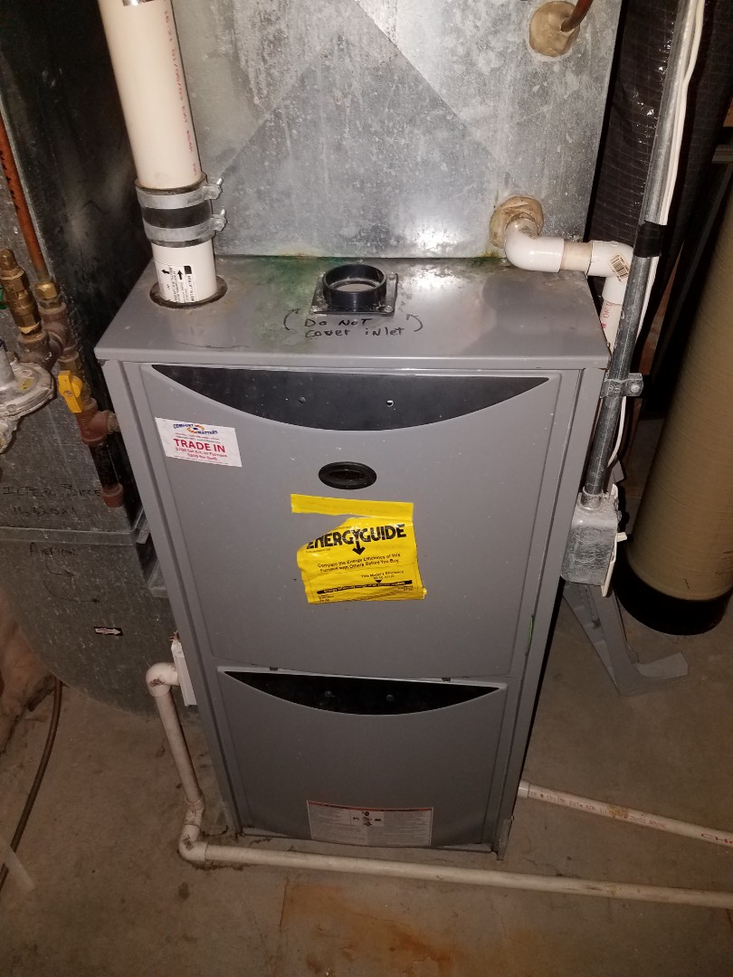 Albertville, MN - Furnace maintenance. Performed tune up and cleaning on a Tempstar furnace.