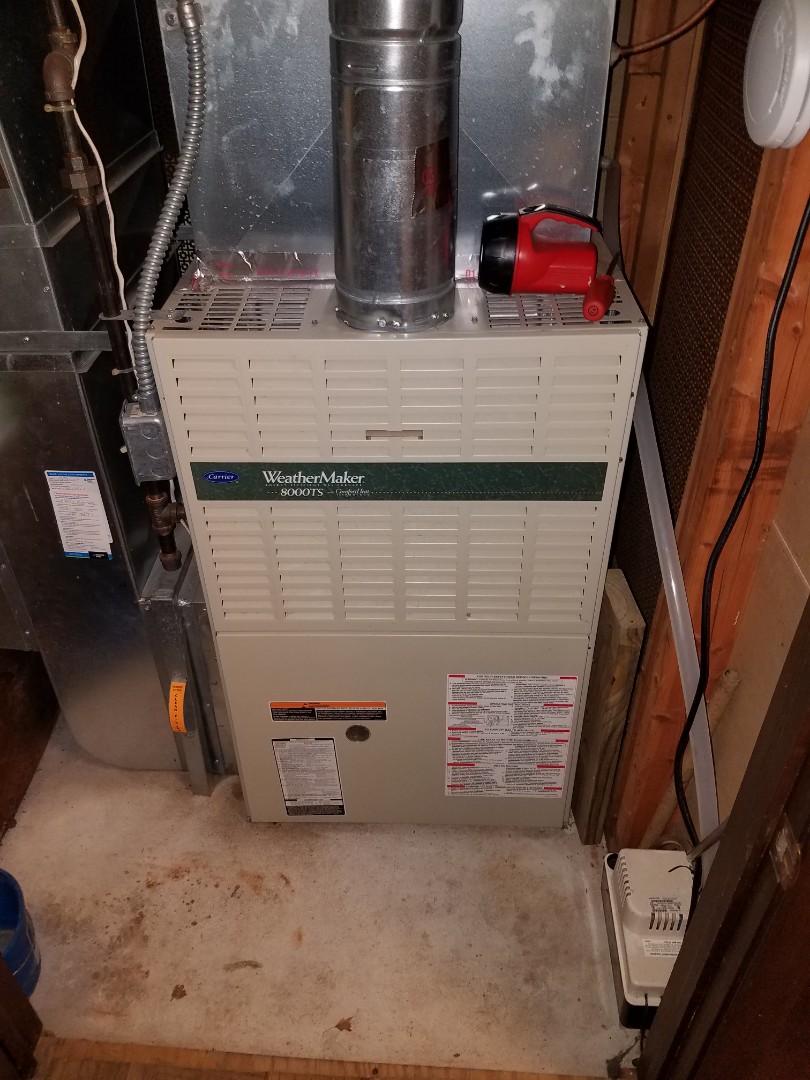 Minnetonka, MN - Furnace maintenance. Diagnosed a Carrier furnace.