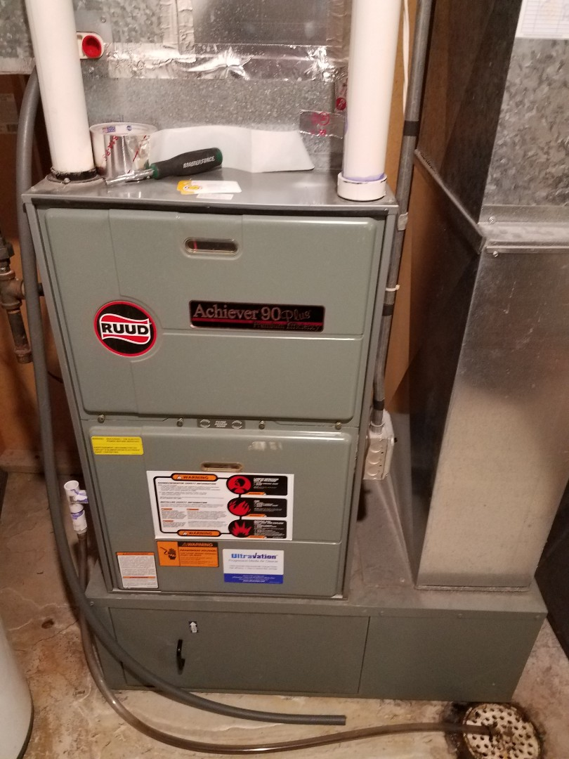 Buffalo, MN - Furnace maintenance. Performed tune up and cleaning on a Ruud furnace.