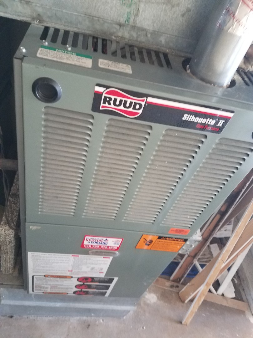 Maple Plain, MN - Furnace maintenance. Replaced failed blower motor on a Ruud furnace.