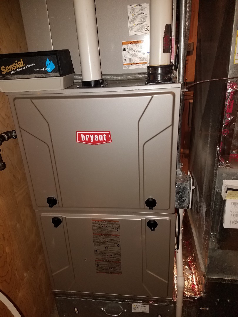 Loretto, MN - Furnace maintenance. Performed tune up and cleaning on a Bryant furnace.
