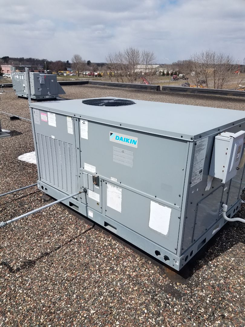 Rogers, MN - RTU maintenance. Performed tune up and cleaning on a Daikin RTU.