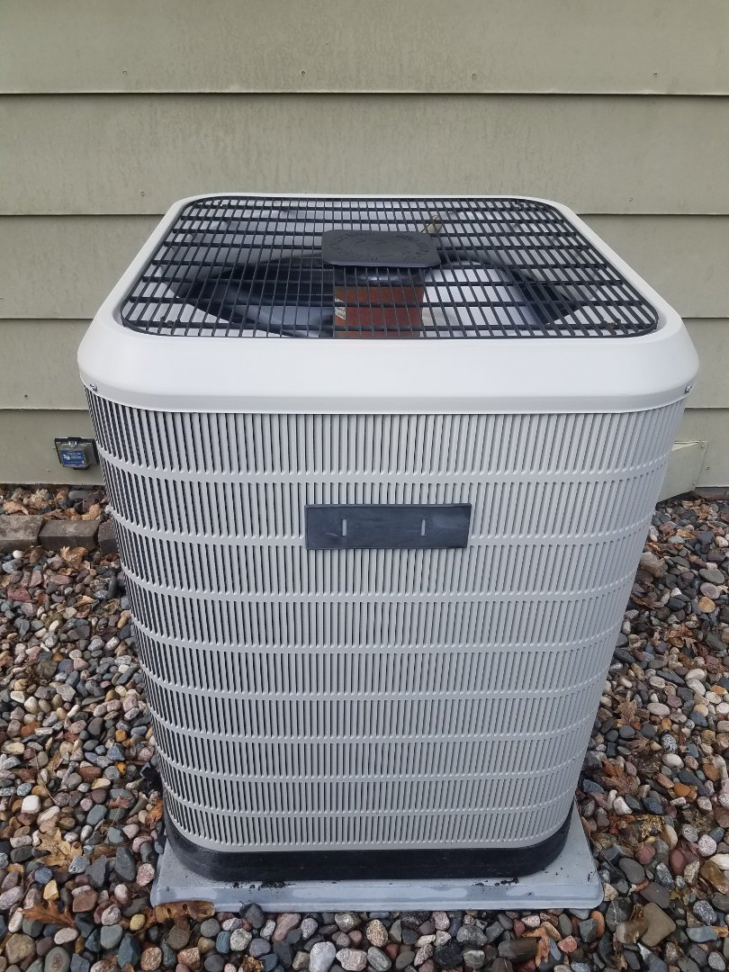 Plymouth, MN - AC maintenance. Performed tune up and cleaning on a Nordine AC