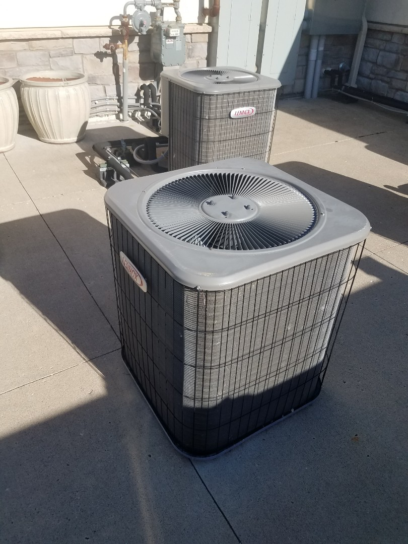 Edina, MN - Cooling maintenance. Diagnosed a Lennox AC
