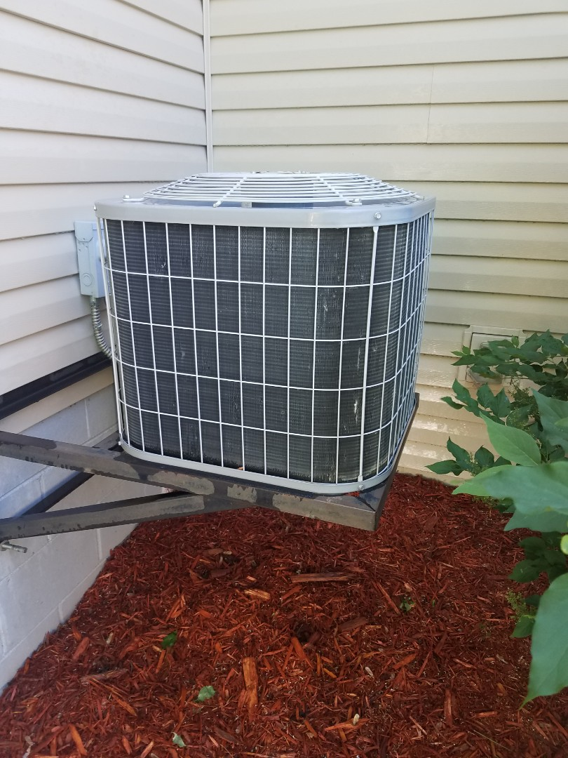 Hanover, MN - AC maintenance. Performed tune up and cleaning on a Carrier AC.