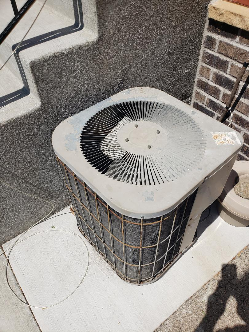 Osseo, MN - Cooling maintenance. diagnosed a Goodman AC.