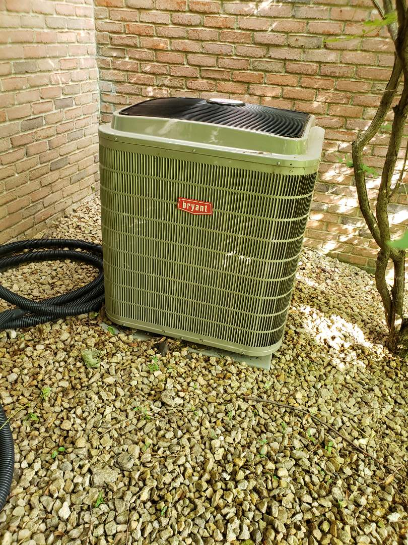 Wayzata, MN - Cooling maintenance. Diagnosed a Bryant AC
