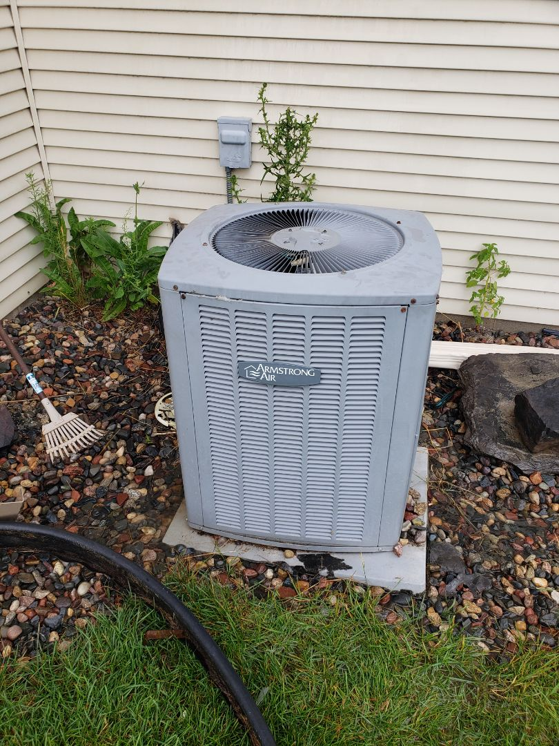 Rogers, MN - AC maintenance. Diagnosed a Armstrong Air AC.