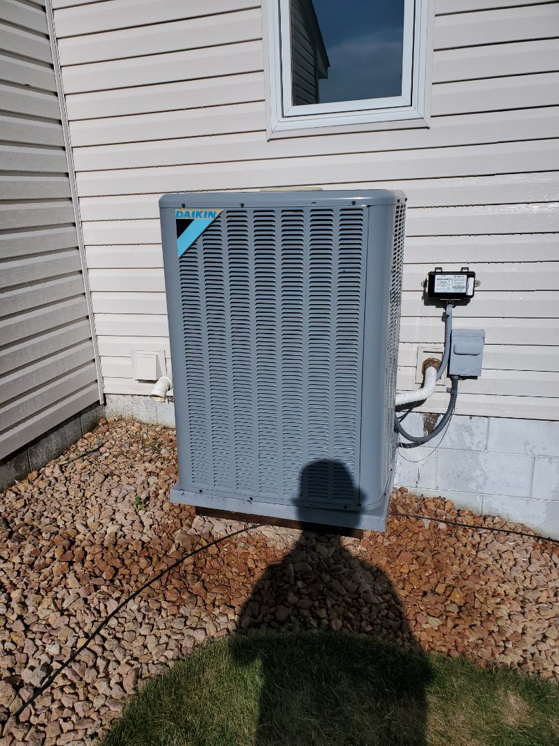 Rogers, MN - Refund and hasee tune up and cleaning on A Daikin   air conditioning system. Added drain pan treatment to indoor coil. Changed furnace filter