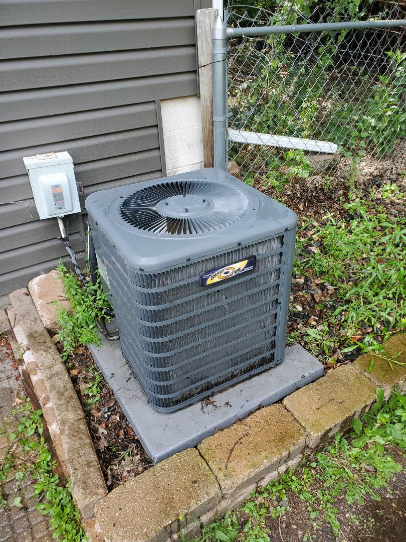 Big Lake, MN - Performed and AC tune up and cleaning on a Goodman air conditioner. Installed new blower capacitor