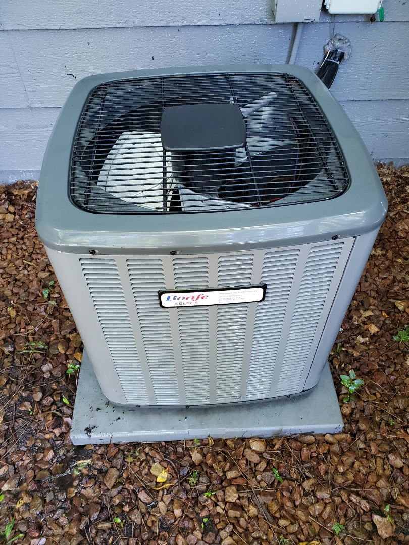 Monticello, MN - Preformed an AC turn up and cleaning on a Goodman airconditioner. Also installed new motor booster for the blower motor