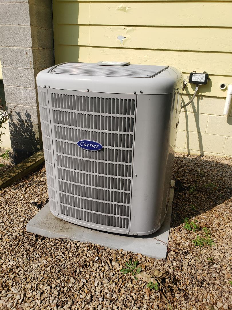 Hanover, MN - Cooling maintenance. performed cleaning and tune up on a Carrier air conditioner.
