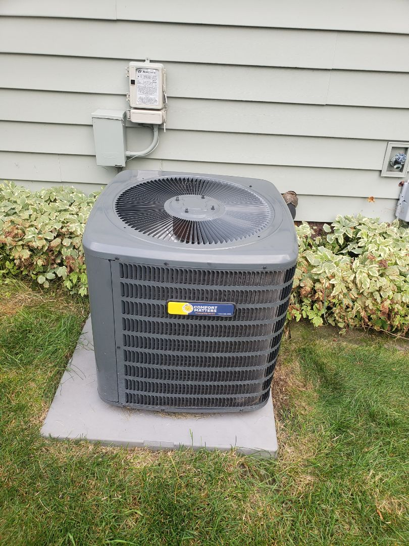 Plymouth, MN - AC maintenance. Diagnosed a low voltage short on a Comfort Matters AC.
