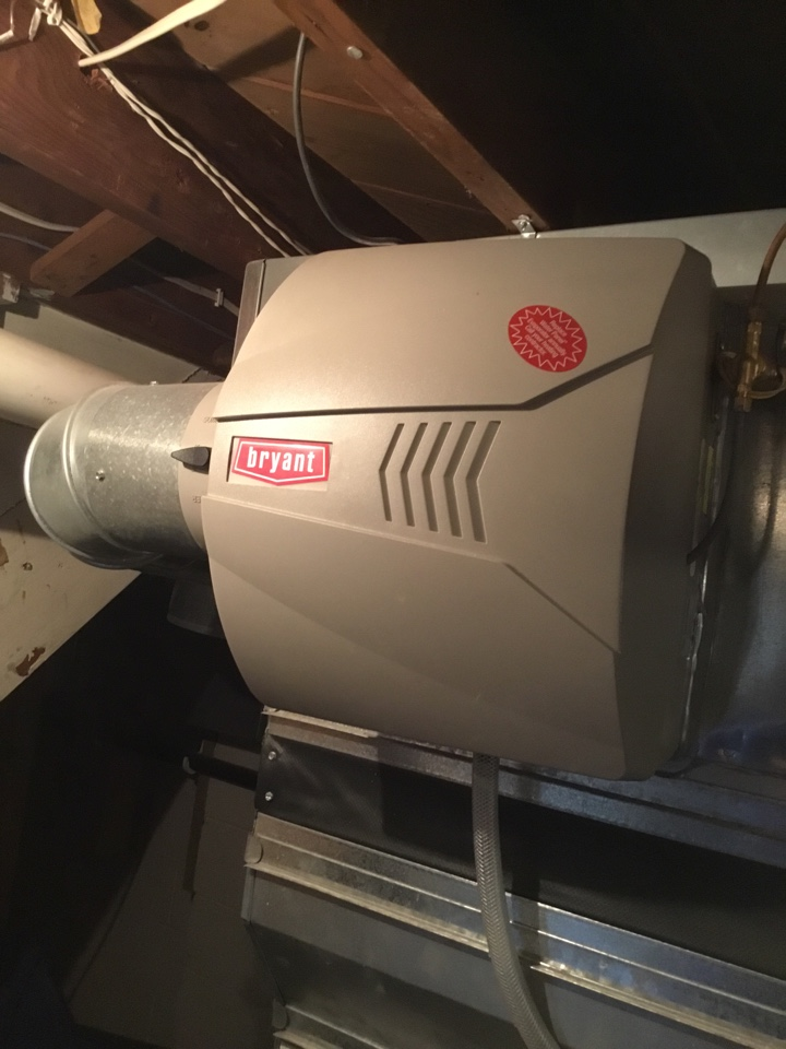 Hopkins, MN - Performed humidifier tune up on Bryant humidifier.