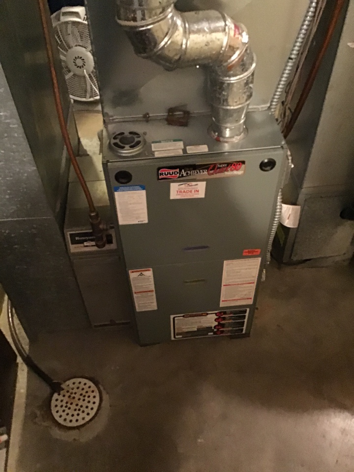 Eden Prairie, MN - I diagnosed a failed flame safety on a Ruud furnace