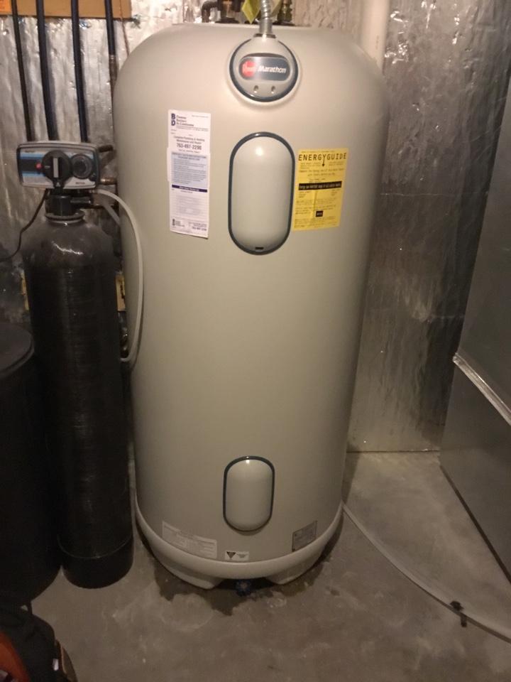 Albertville, MN - Diagnosed leaking water heater.