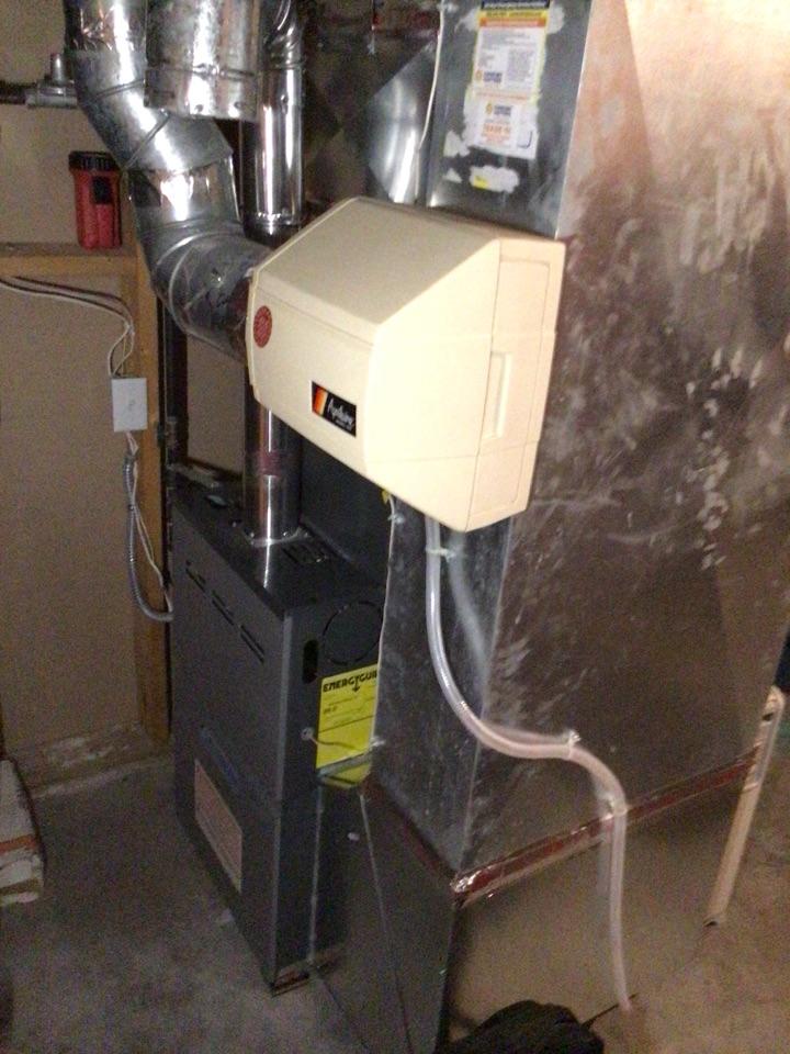 Elk River, MN - Heating maintenance. Performed a furnace tune up on a Daikin furnace.