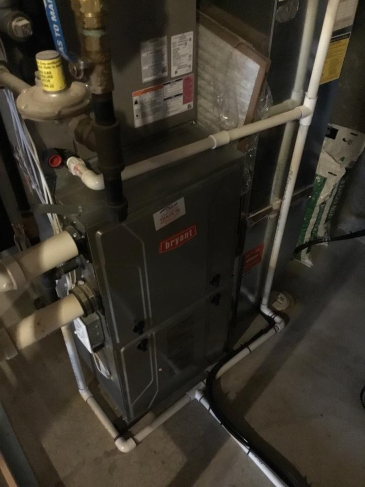 Medina, MN - Furnace tune up. Performed maintenance on Bryant furnace.