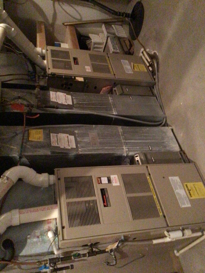 Hopkins, MN - Furnace tune up. Conducted furnace tune up on 3 Amana furnaces, 3 April air humidifiers.