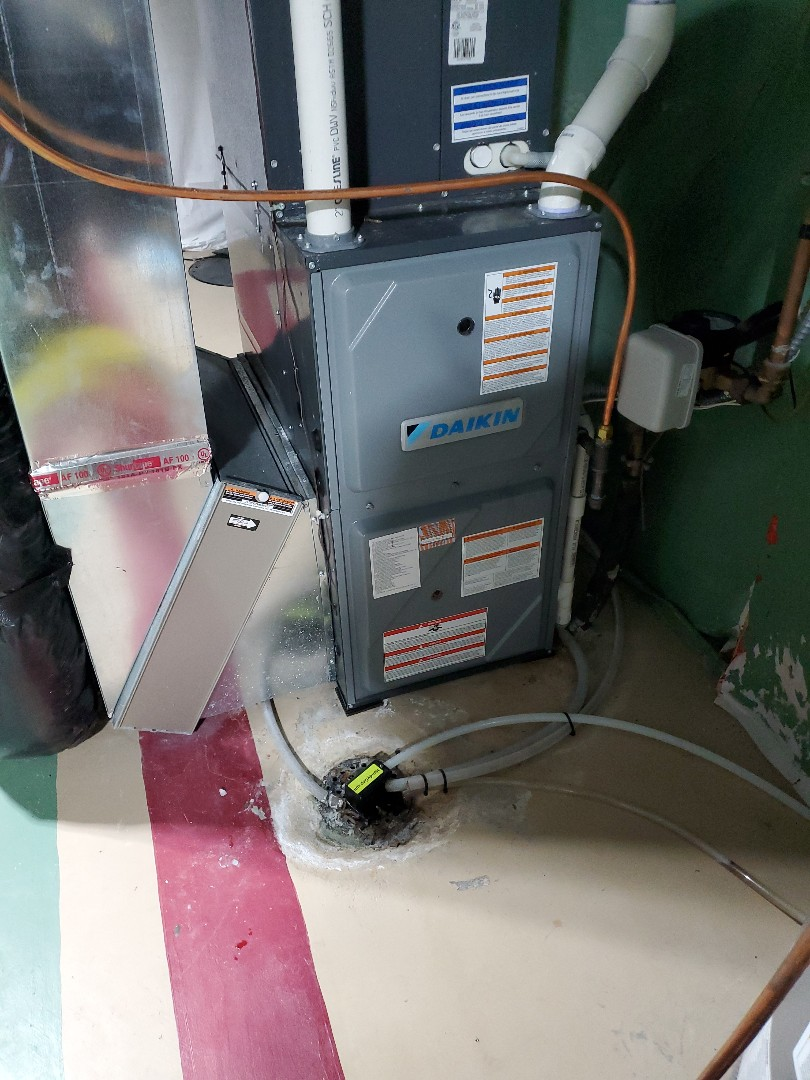 Osseo, MN - Furnace and humidifier  Tune up on a daken furnace