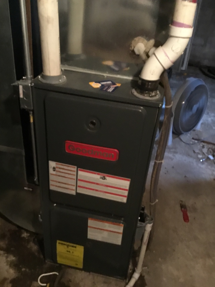 Delano, MN - Furnace tune up. Furnace is in terrific shape for the winter!