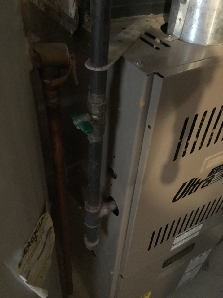 Ramsey, MN - Furnace tune up. Performed maintenance on Armstrong furnace.