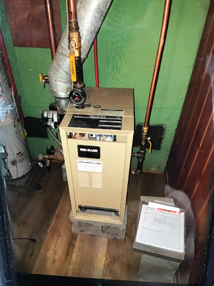 Delano, MN - I performed a precision tuneup on a Weil McClain boiler