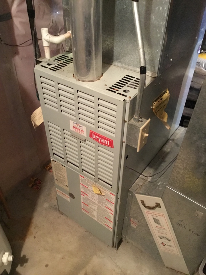 Rogers, MN - Furnace tune up. Performed maintenance on Bryant furnace and performed air exchanger tune up.