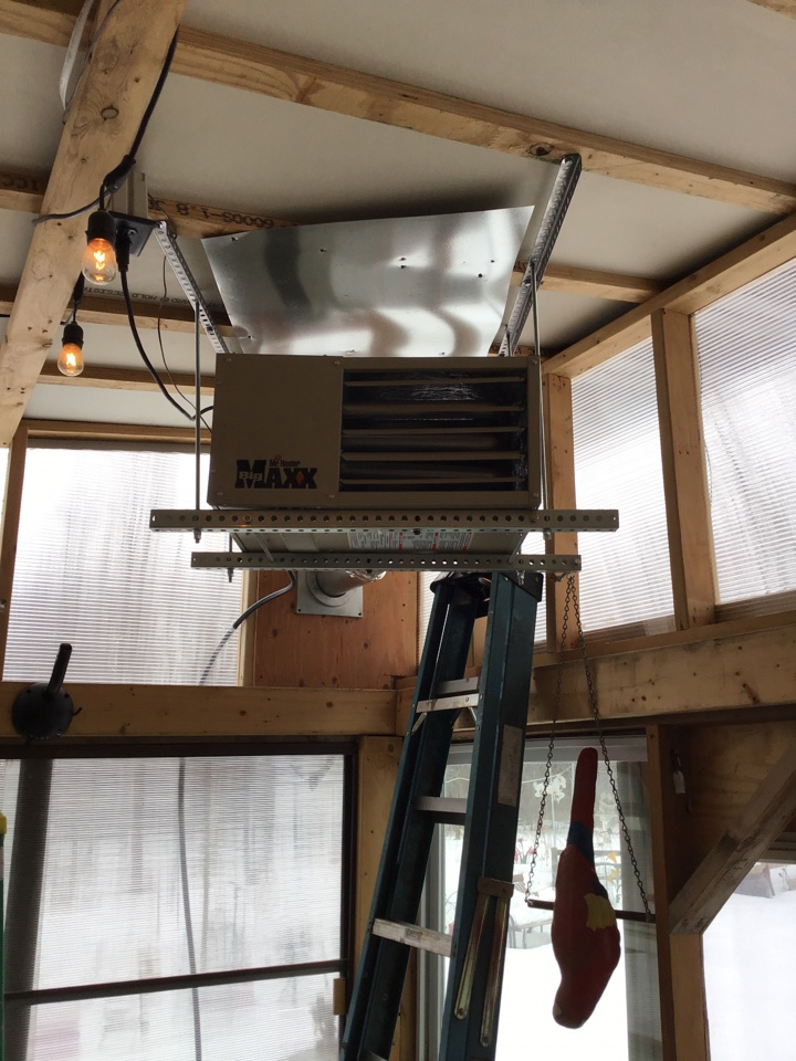 Blaine, MN - I adjusted the incoming gas pressure on a Mr heater garage heater