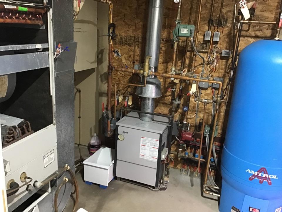 Medina, MN - I diagnosed a failed water coil on a Slant fin boiler