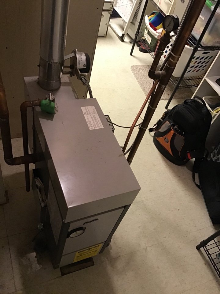 Buffalo, MN - I performed a precision tuneup on a Slant Fin boiler
