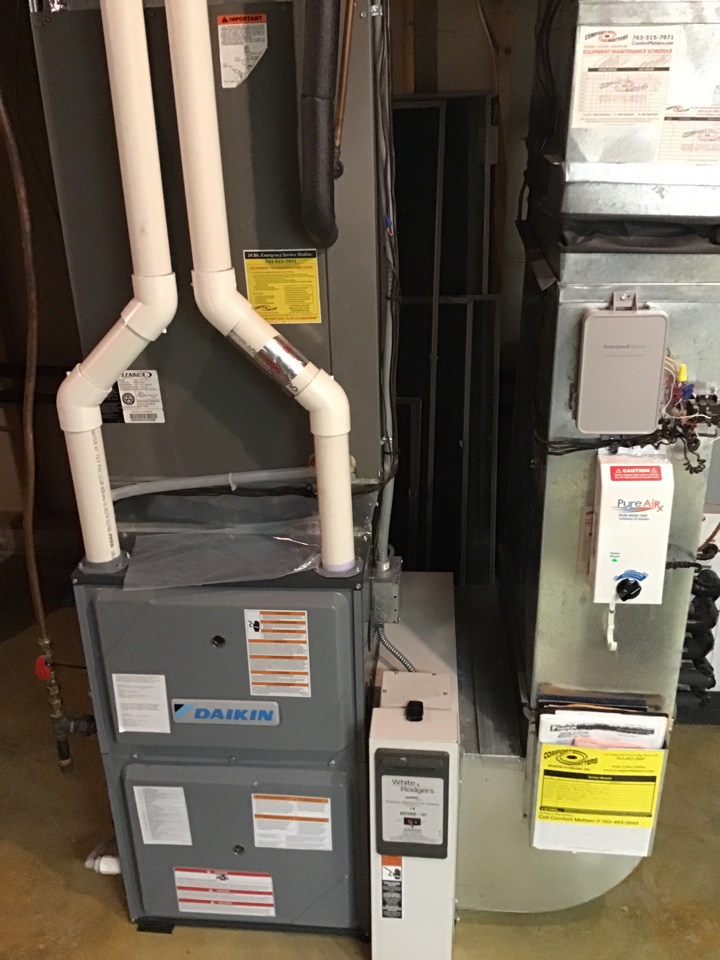 Monticello, MN - I replaced a failed thermostat on a Daikin furnace