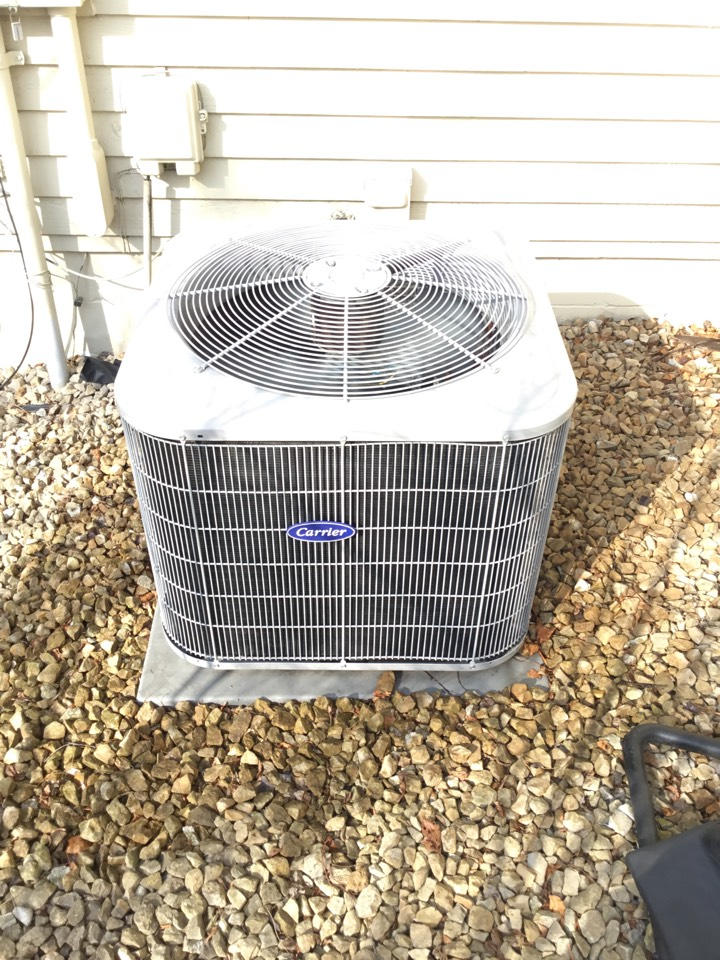 Eden Prairie, MN - Furnace tune up. Performed maintenance on Carrier air conditioner.