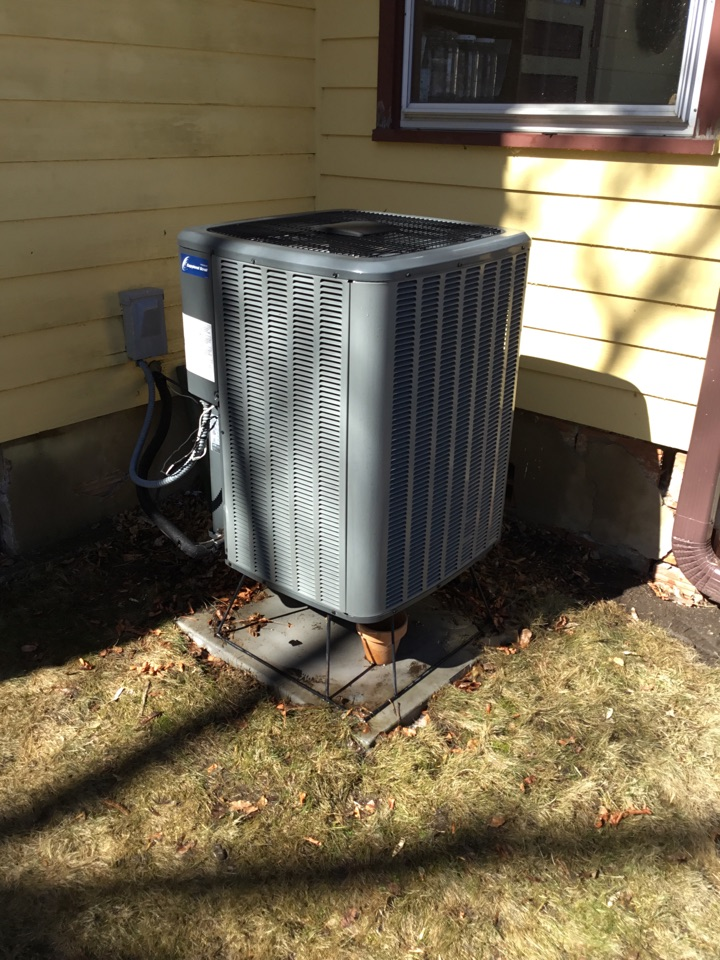 Buffalo, MN - Ac tune up. Performed maintenance on Goodman heat pump and repaired wiring.