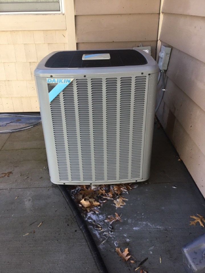 Plymouth, MN - Air conditioning. Ac tuneup. Daikin