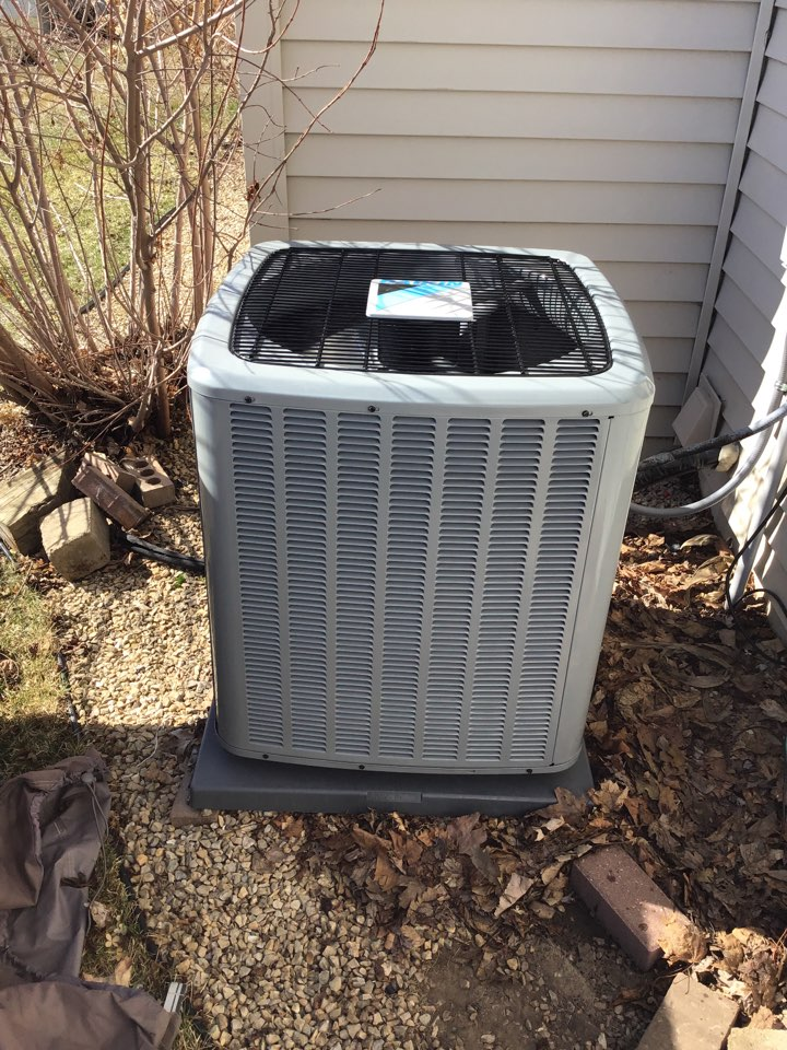 Saint Michael, MN - I performed a Ac start up on a Daikin air conditioner