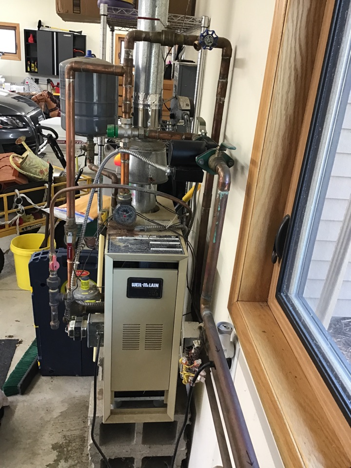 Rogers, MN - I diagnosed a failed expansion tank on a Weil McClain boiler