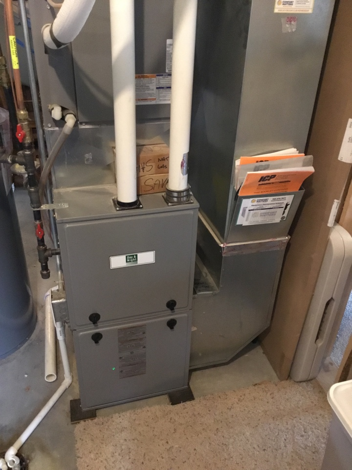 Hanover, MN - Furnace tune up. Performed maintenance on Day & Night furnace.