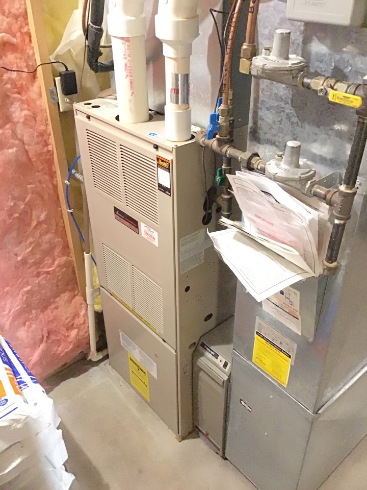 Edina, MN - I replaced a failed transformer on an Amana furnace