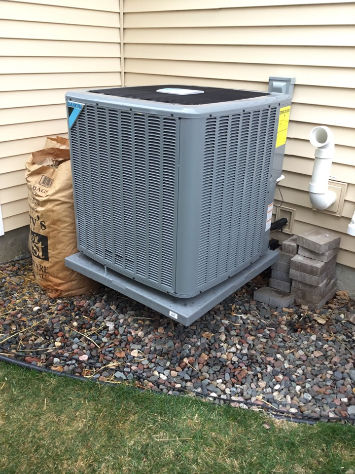 Maple Grove, MN - Ac tune up. Performed maintenance on Daikin air conditioner.