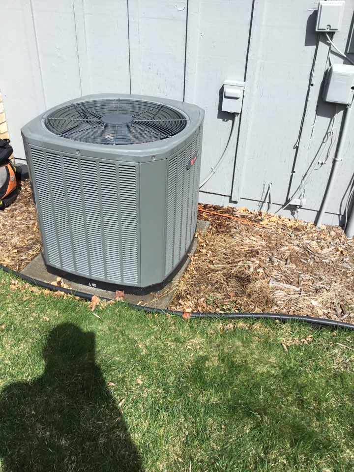 Osseo, MN - Ac tune up. Performed maintenance on Trane air conditioner.
