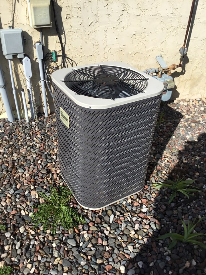 Rockford, MN - Ac tune up, performed maintenance on Gibson air conditioner and replaced motor starter.