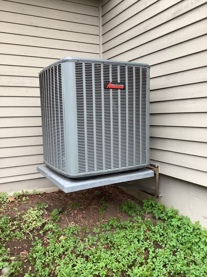 Medina, MN - Air conditioner tune up. Air conditioner precision tune up on a Amana ac