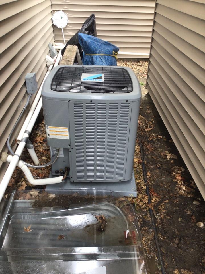 Rockford, MN - Daikin air conditioner maintenance.