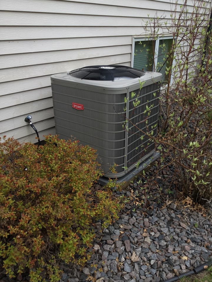 Ramsey, MN - Ac tune up, performed maintenance on Bryant air conditioner