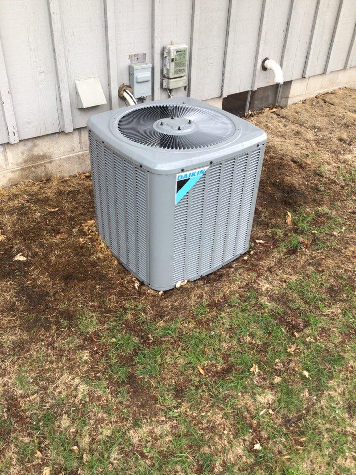 Golden Valley, MN - Daikin air conditioner maintenance.