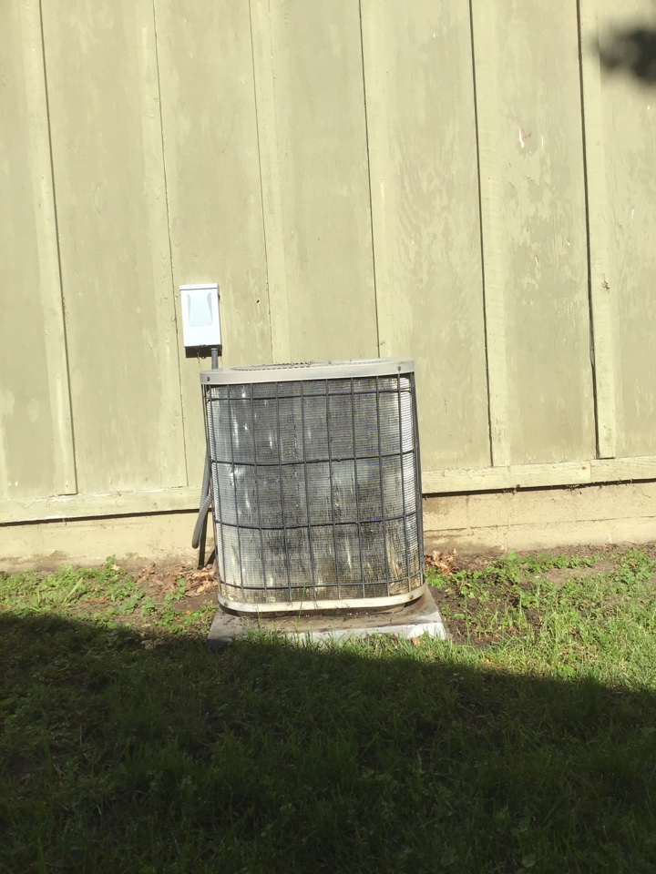 Mound, MN - Performed a A/C cleaning and tune up