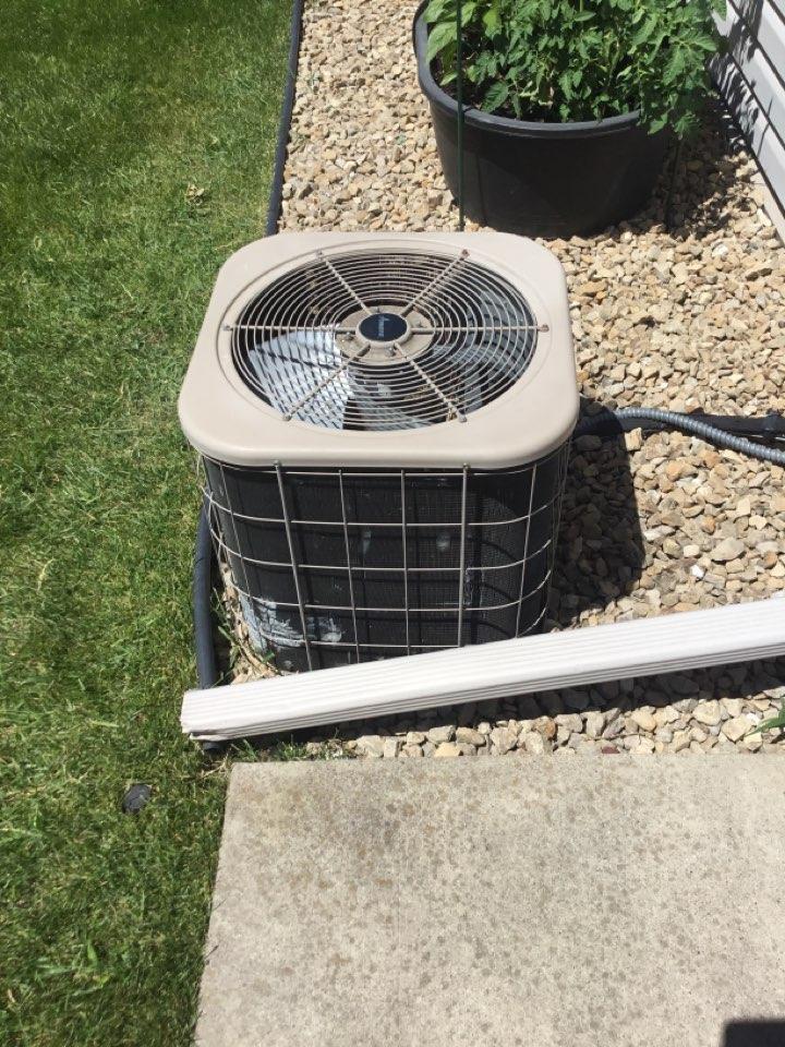 Albertville, MN - No cooling. Service. AMANA
