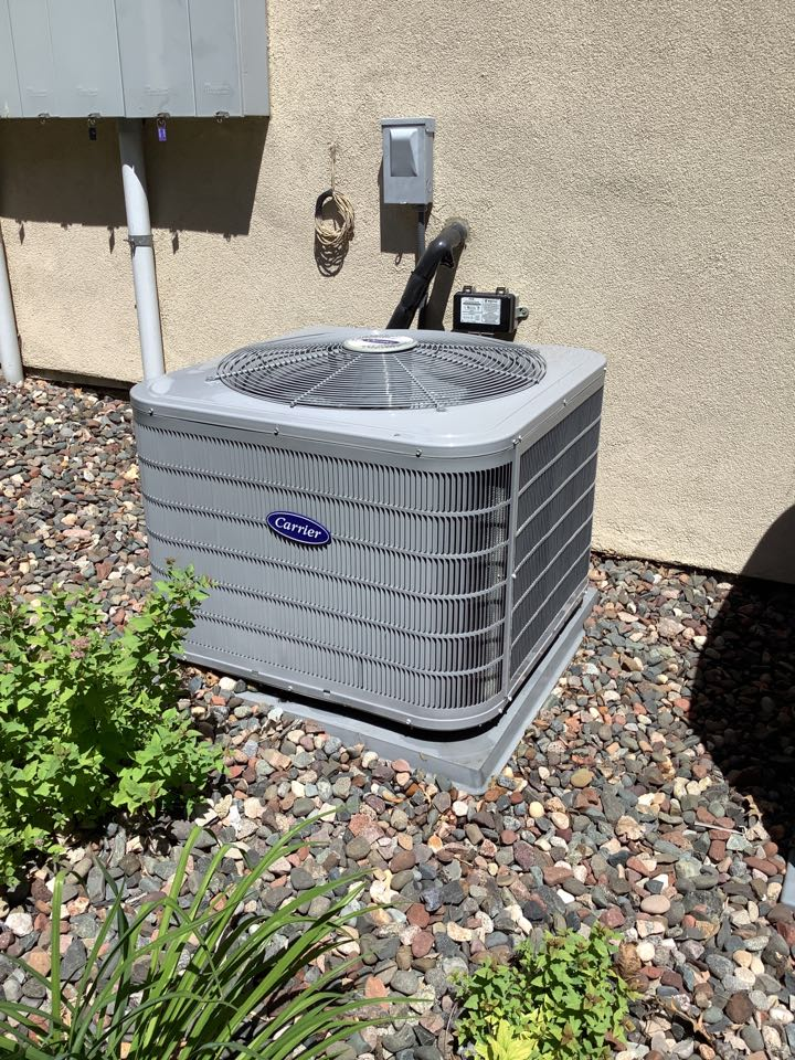 Minnetonka, MN - Air conditioner tune up. Ac tune up on a carrier AC