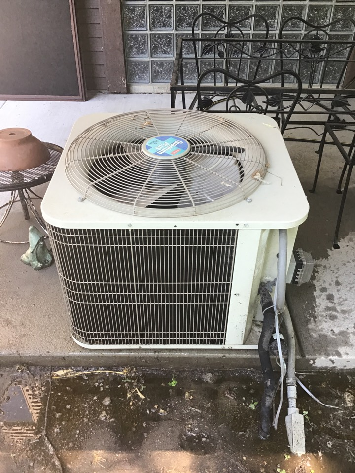 Wayzata, MN - I performed annual maintenance on a Bryant air conditioner